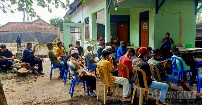 Kades Surabaya Sakra Timur Di Duga Tidak Transparan Dan Didesak Mundur Dari Jabatannya.
