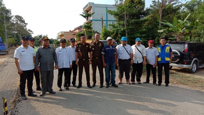 Demi Cegah Korupsi, Kordinator TP4D Kabupaten Muba  Langsung Tinjau Proyek